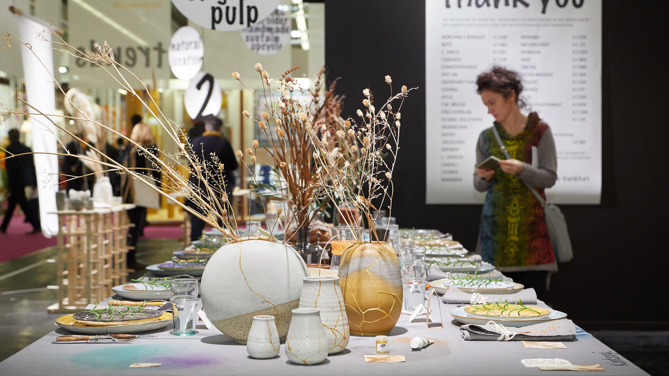 Woman discovers the DIY trends at Creativeworld