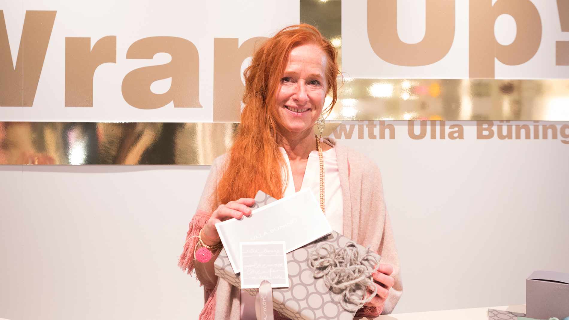 Packaging expert Ulla Büning presents trends for attractive gift wrapping at wrap up
