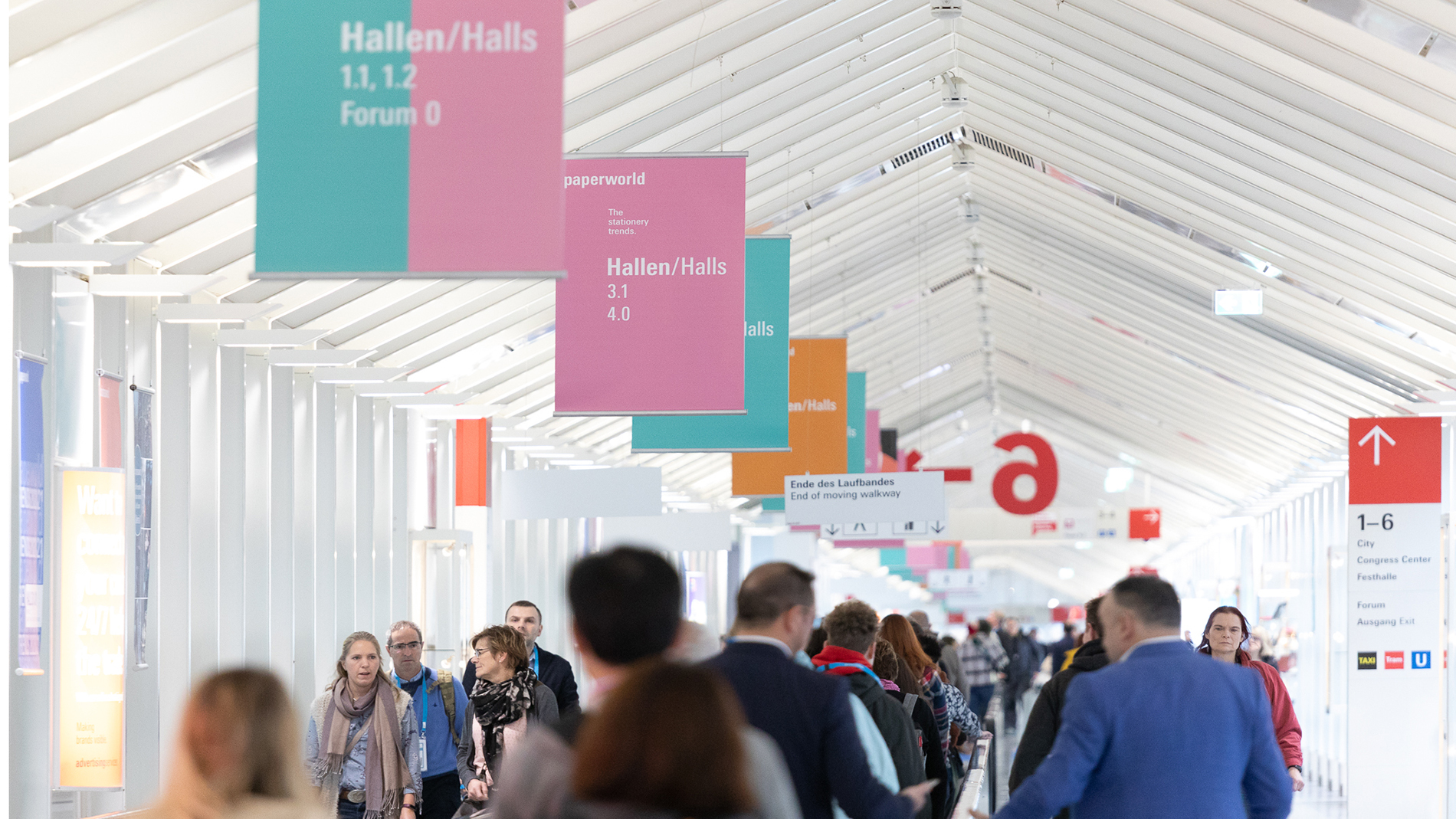 Paperworld: Trade fair visitors walk on the Frankfurt exhibition grounds